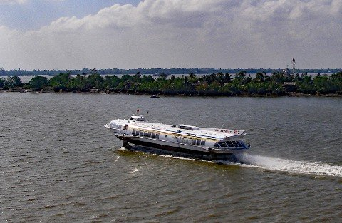 Hydrofoil ferry from Ho Chi Minh city to Vung Tau