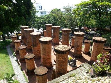 Pillars leading to the main towers at Po Nagar