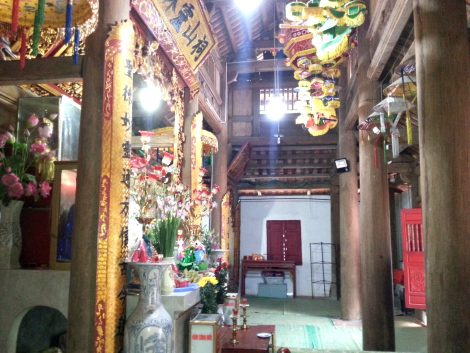 Inside the pagoda at Mau Son Temple