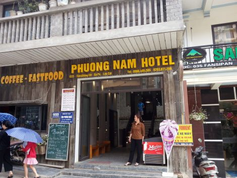 Main entrance to the Phuong Nam Hotel