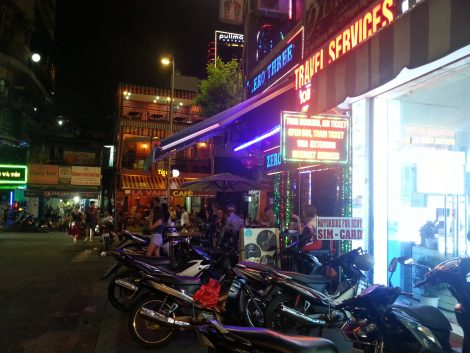Corner of Bui Vien and Do Quang Dao