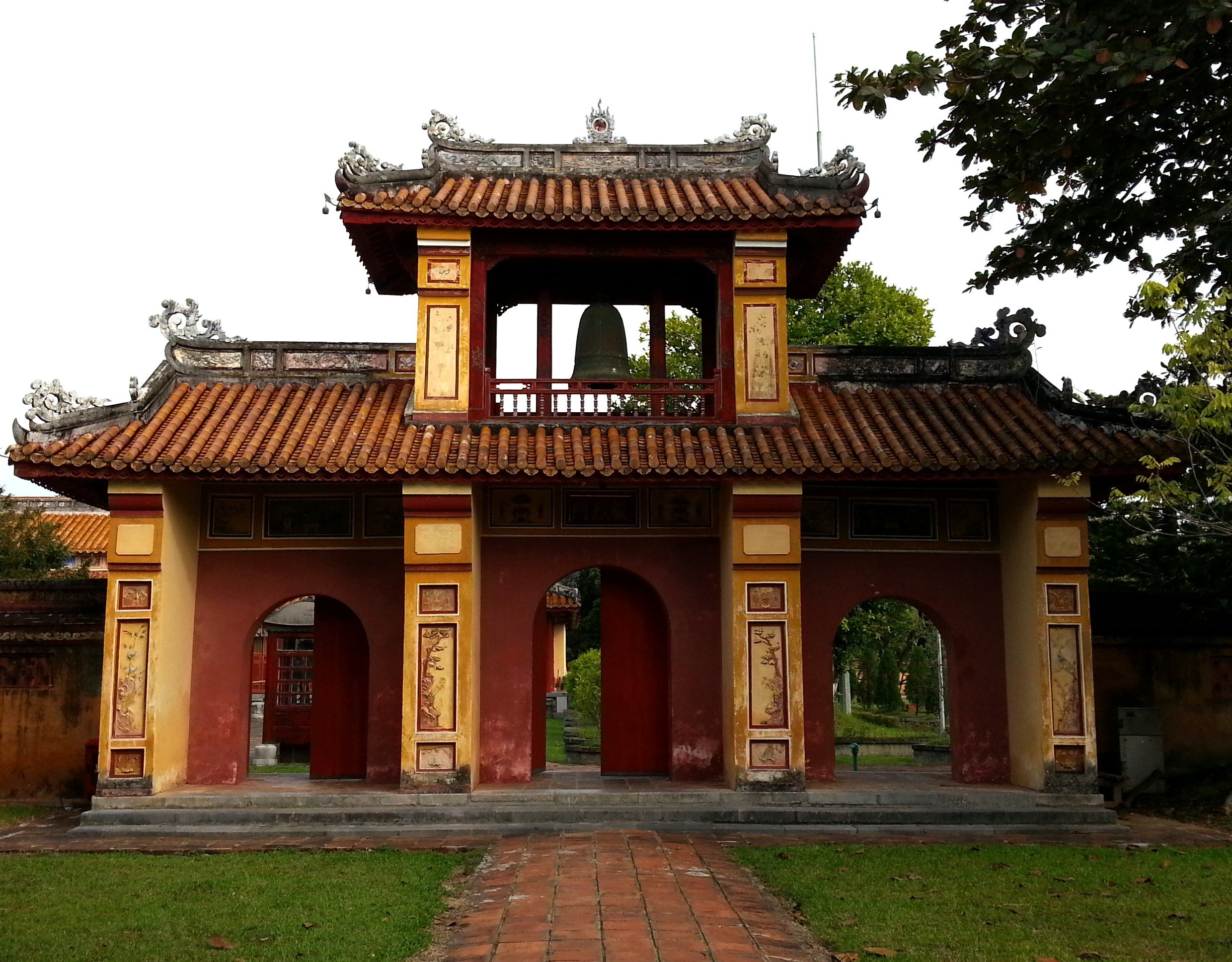 Gateway to the The Mieu Temple