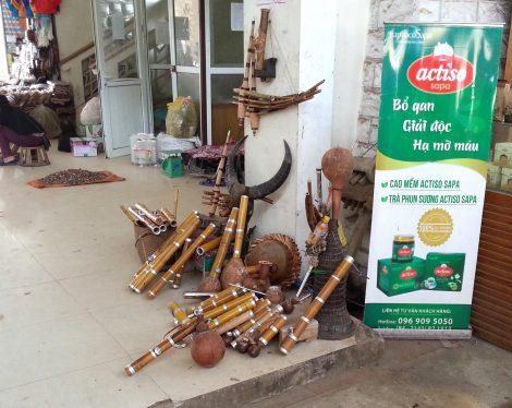 Traditional instruments at Sapa Market