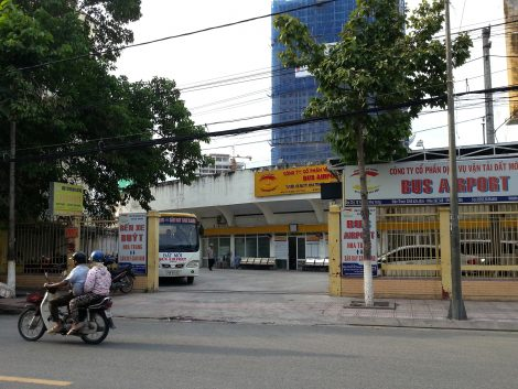 Bus station in Nha Trang for services to the airport