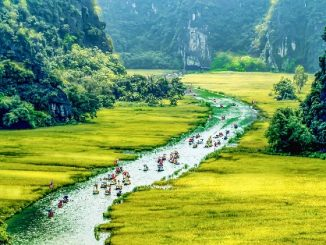 Tam Coc in Ninh Binh Province