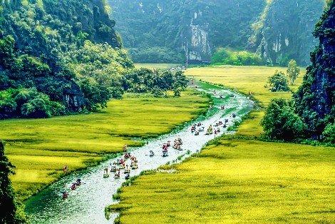 Tam Coc in Ninh Binh Province