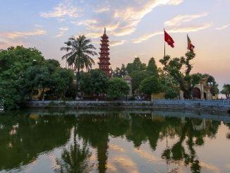 Trấn Quốc Pagoda in Hanoi